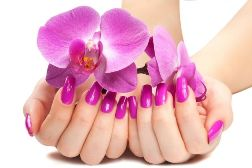 Уход за нарщеными ногтями
