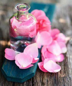 Маска с розой